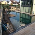 tortinger/Nr. 03  Schwimmteich und Belagsarbeiten fertiggestellt