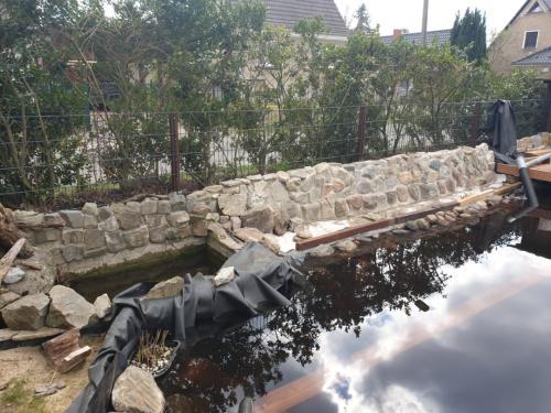 Natursteinmauer endlich fertig