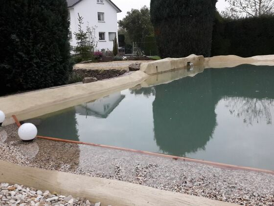 Anlegen eines Flachwasserpflanzbereich